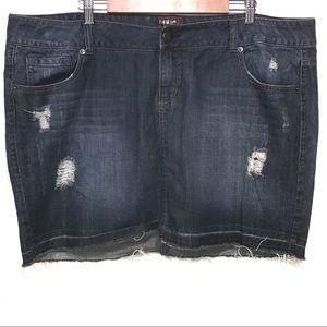 Torrid denim distressed blue jean mini skirt 22